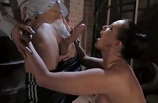 Tettone Fuori Misura movie.  xxx porn