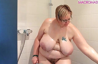 Hairy amatuer BBW with big naturals in shoer.  xxx porn