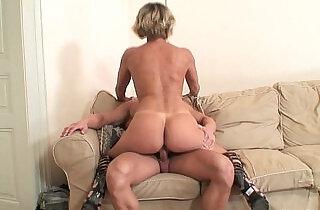 My girlfriends mom is so hot!.  xxx porn