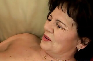 Amature mature grandma handling dildo.  xxx porn