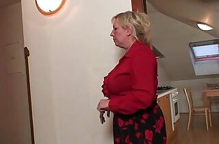Two repairmen fuck busty grandma from both ends.  xxx porn