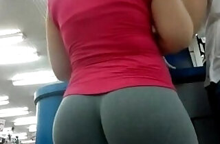 Candid Camera In Public Store Nice Ass In Tight Yoga Pants.  pussycats  ,  web cams   xxx porn