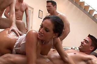 Natural big tits pornstar cocksuck.  studs  ,  sucking  ,  tits   xxx porn