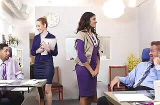 Gigi and Katalina give good massage on their boss.  xxx porn
