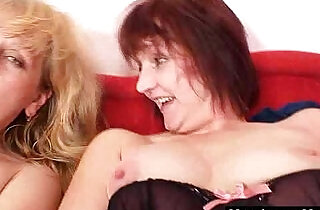 Amateur mom experimenting in addition to other madame.  xxx porn