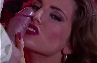 स्पैन: Spanish Silvia Enjoys two Cocks in her Pussy