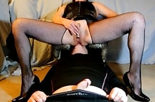 Ass Licking Hottie In His Box.  xxx porn