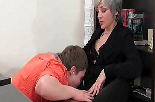 Slutty MILF gives hot blowjob to horny young.  MILF porno  ,  slutty  ,  so young  ,  young-old   xxx porn