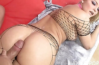 Alexis Texas getting pussy fucked in all the right places.  xxx porn