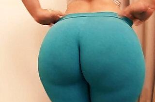 Amazing Prize Winner Ass! Micro Waist Macro Ass! OMG!.  xxx porn