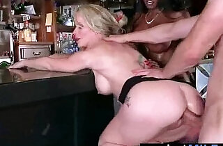 Mature british Lady diamond simone Fucks A Big Monster Cock On Cam vid.  xxx porn