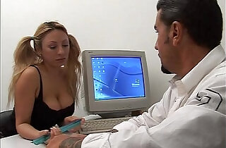 Young naughty secretary seduces her boss!.  xxx porn