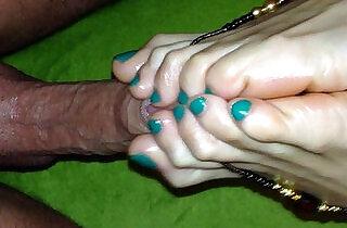 Do me with feet.  xxx porn