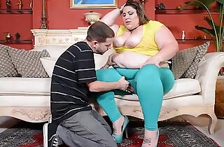Chubby Wife Car Breaksdown and She Gets Fucked.  xxx porn